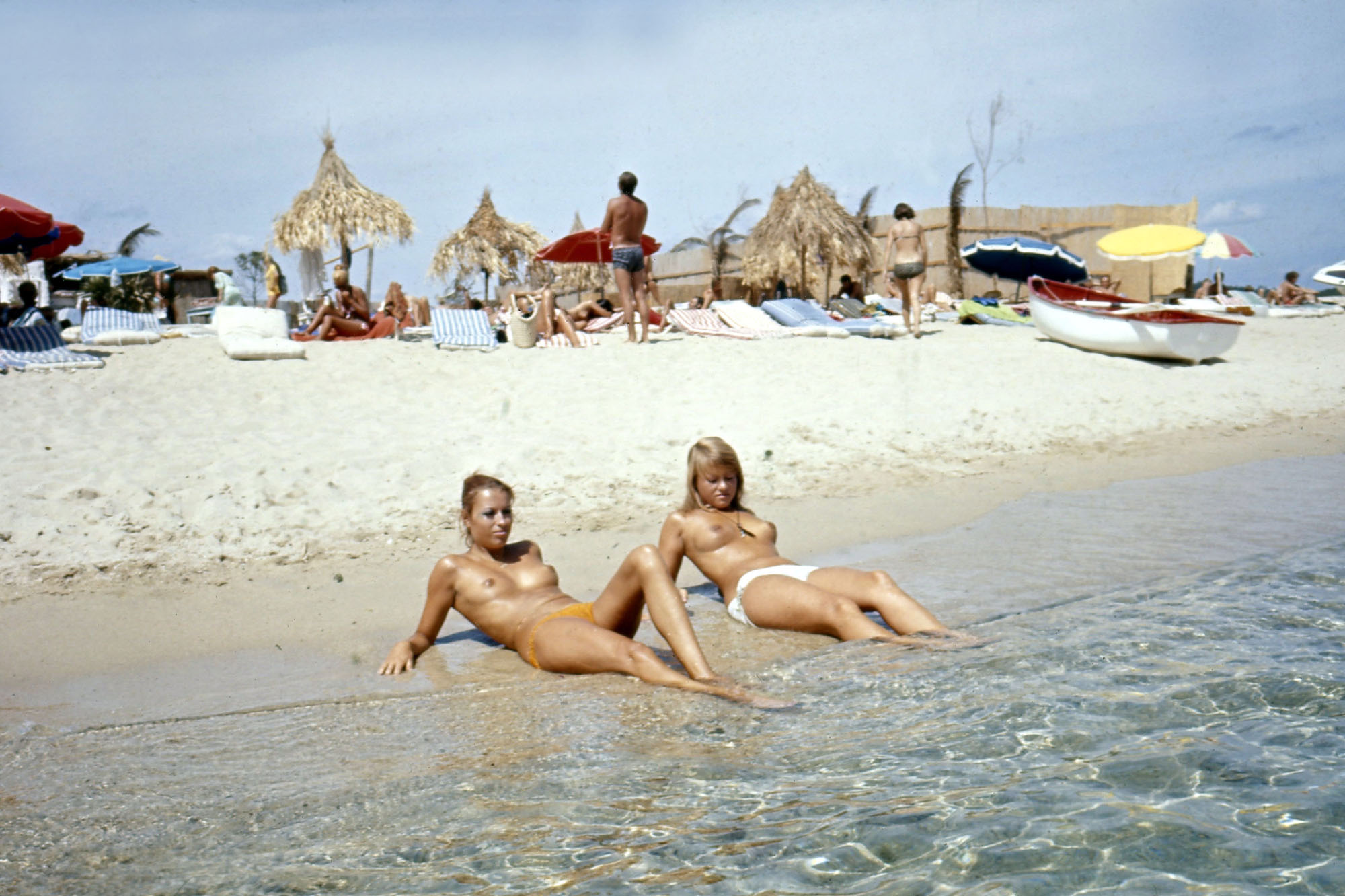 Vivre les webcams de plage nues